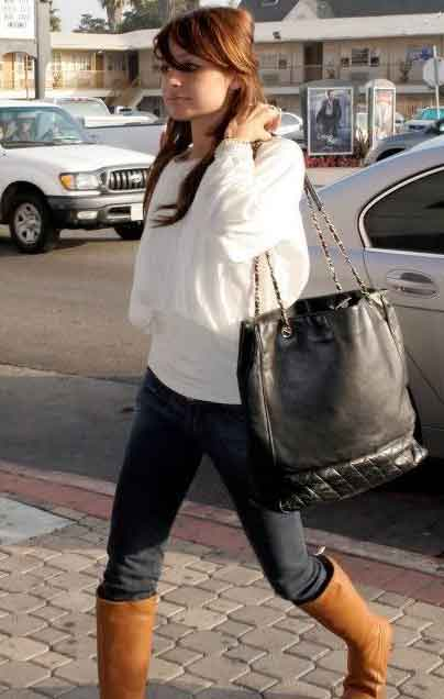 Nicole Ritchie carrying Vintage Chanel Tote Bag